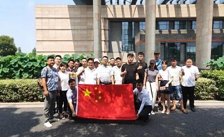 德莱宝7.25创富峰会携精英游南湖,完美收官!