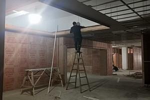 奥华顶墙模式新一代展厅紧张施工中,品牌战略布局或将全新升级!